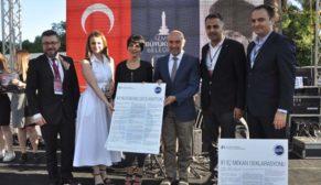 İzmirli içmimarlar 'Dünya İç Mekanlar Günü'nü coşkuyla kutladı
