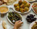 Makarna, Lütfen'den dışarıda iftar yapacaklar için 7 kural