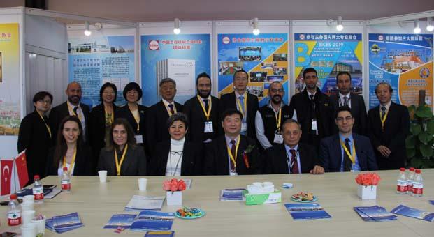 İMDER, Asya'nın en büyük iş makinaları fuarı Bauma China'da Türkiye rüzgarı estirdi