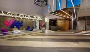 Renklerin dinamikleştirdiği yaşayan bir tasarım: İspak Ambalaj Genel Müdürlük Binası