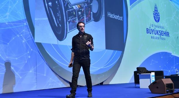 Pablos Holman: Geleceğimizi kurtarmak için hackliyoruz