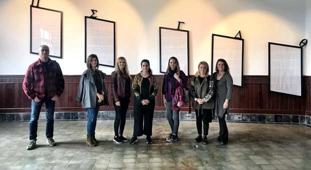İyilik İçin Sanat Derneği üyeleri 'Büyükada Rum Yetimhanesi Üzerine Etüdler' sergisini ziyaret etti