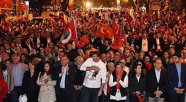 Cumhuriyetin 96. yılı Kadıköy'de coşkuyla kutlandı