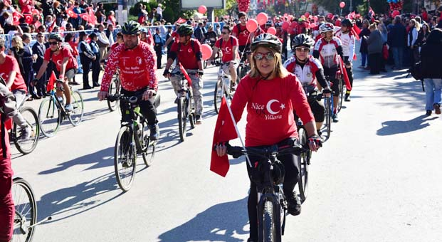 Kadıköy Cumhuriyet Bayramını coşkuyla kutlamaya hazır