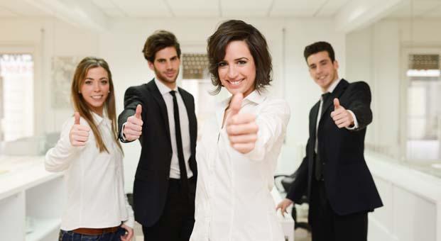 Türkiye'deki kadın çalışanlar işine 6.8 kat daha bağlı