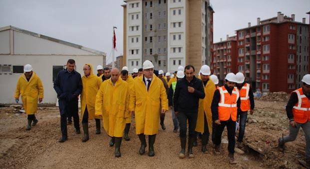 TOKİ Başkanı M. Ergün Turan Karaman'da incelemelerde bulundu