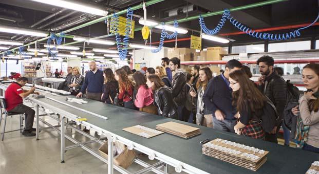 İTÜ Endüstri Ürünleri Tasarımı öğrencileri LAMP 83'ü ziyaret etti