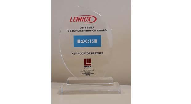 Lennox'tan Form'a paket klimada en iyi ortak ödülü