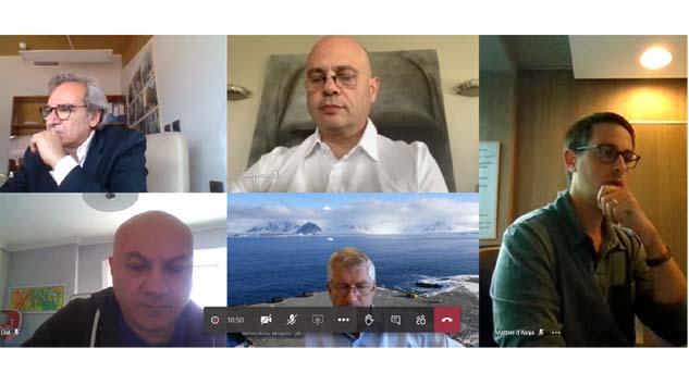Avrupalı müteahhitler Türkiye Müteahihler Birliği'nin öncülüğünde krizi fırsata dönüştürmeyi ele aldı