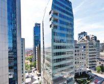 'En iyi ofis projesi' seçilen Apa Nef Plaza'da hayat başladı