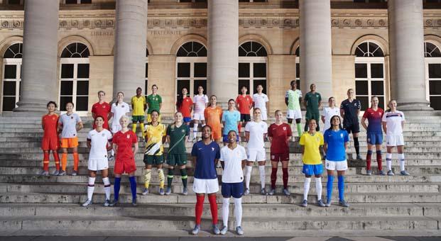 Nike yeni nesil kadın sporculara verdiği desteği artırıyor