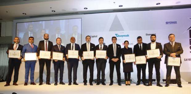 Gayrimenkul sektörüne yön verenlerReal Estate Stars'da ödüllerini aldı