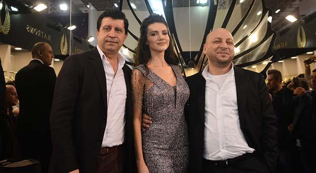 Bu yıl 12. düzenlenen IF Wedding Fashion İzmir Fuarı'nda Otilla rüzgarı esti