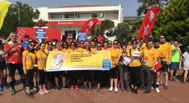 Otizmli çocukların eğitimi için Bozcaada Yarı Maratonu'nda koştular