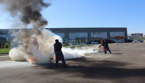 Otonomi esnaf ve çalışanlarına yangınla mücadele eğitimi