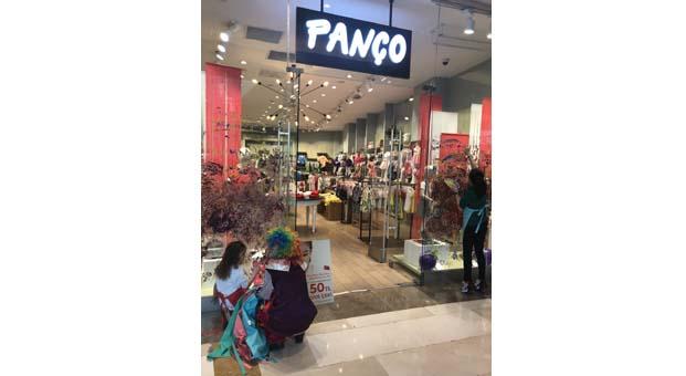 Panço vitrinleri miniklerin el izleriyle kaplandı