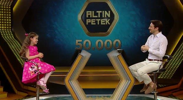 Çocuk oyuncular Altın Petek'te kimsesiz çocuklar için yarıştı