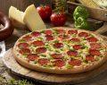 Little Caesars Sucuk Karışık Pizza ile tanışmayan kalmasın