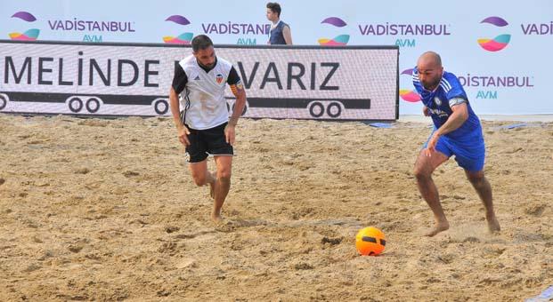 Uluslararası Plaj Futbolu Şampiyonasında 2. gün maçları