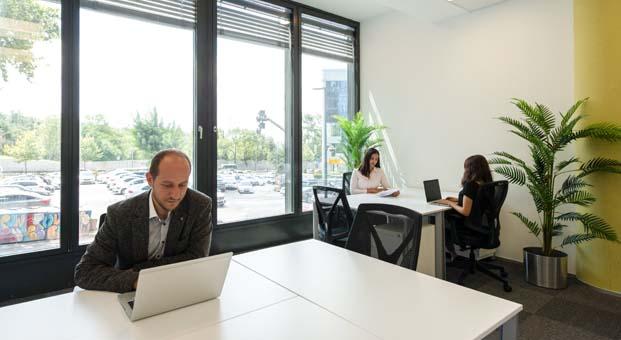 380 TL'den başlayan fiyatlarla dünyanın 120 ülkesinde ofisiniz olabilir