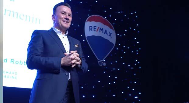RE/MAX'liler dünyanın en iyi gayrimenkul koçu Richard Robbins ile buluştu
