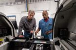 Rockwell Automation şirketlere makine güvenliğinde yardımcı olmak için programını genişletiyor
