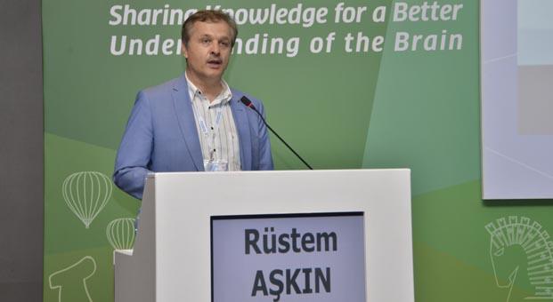 Prof. Dr. Rüştem Aşkın: Dünya Sağlık Örgütü bizi ayakta alkışlıyor