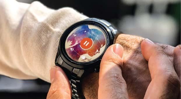 Teknolojik ve şık Emporio Armani Akıllı Saat modelleriyle dünyaya bağlanın – Sonbahar Kış 2018