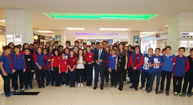 Özel Marmara Grup Okulları'ndan Kent Meydanı AVM'de Öğretmenler Günü Sergisi