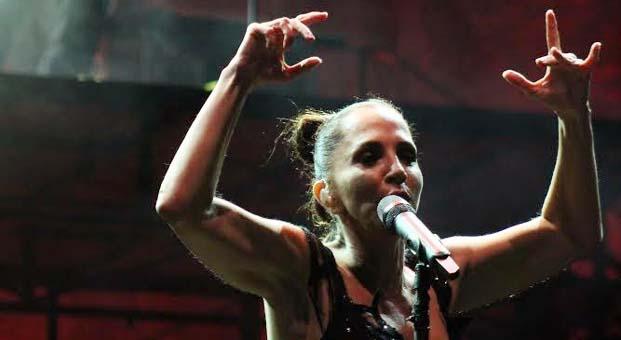 Sertab Erener'den oda müziği ziyafeti