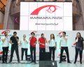 Enstrümansız müzik yapan SesVerSus Grubu'na Marmara Park'ta büyük ilgi