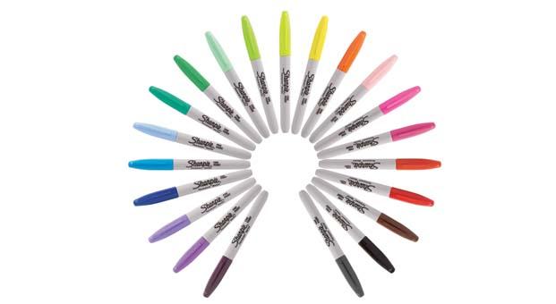 Okullar açılacak, sıralar Sharpie Fine kalemler ile renklenecek