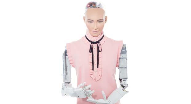 Robot Sophia Türkiye'ye Anadolu Sigorta güvencesiyle geliyor
