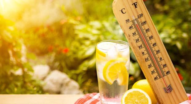 Güneş çarpmasına karşı en az iki litre su
