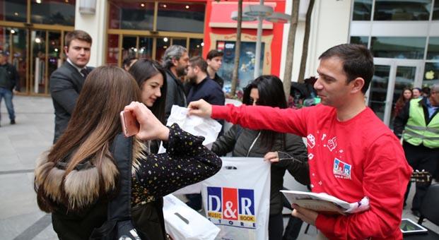 'Kitap Hediye Günü'nde D&R'dan şaşırtan sürpriz