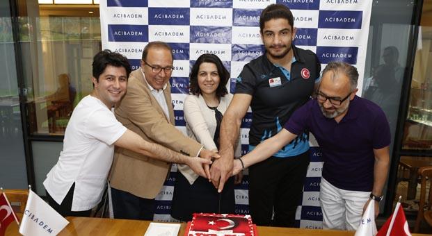 Şampiyonluk sonrası Taha Akgül Acıbadem Ankara'da