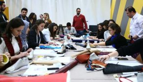 Tasarım Haftası katılımcıları kendi ayakkabılarını tasarladı