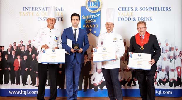 Tavuk Dünyası'nın 3 ürünü birden '3 Yıldızlı Üstün Lezzet Ödülü' ile tescillendi