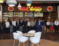 Tavuk Dünyası yepyeni restoranıyla Vadi İstanbul AVM'de