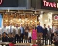 Tavuk Dünyası Ankara'da iki yeni şubesinin kapılarını daha lezzet severlere açtı