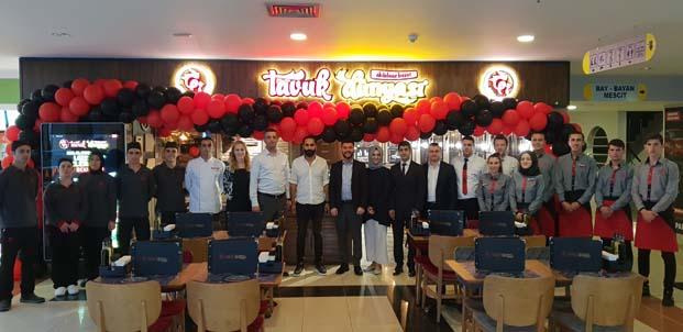 Tavuk Dünyasıİzmit'teki restoranlarının sayısını 8'e çıkardı