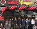Tavuk Dünyası 2019'un ilk restoranını İstanbul Bağcılar Meydan'da açtı