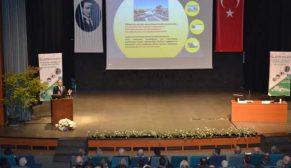 TÇMB Bursa'da beton yollar ve beton bariyerleri anlatıyor
