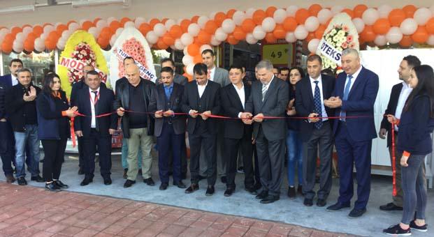 Tekzen 130. mağazasını Antalya Döşemealtı'nda açtı