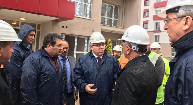 TOKİ Başkanı Turan Niğde'de incelemede bulundu
