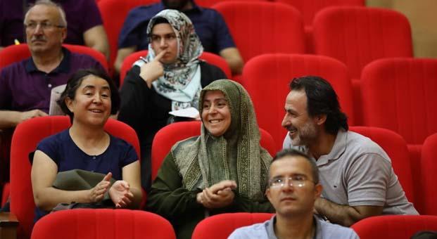 Ankara Kuzeykent'te kura sevinci