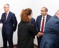 TOKİ Başkanı Ömer Bulut idare çalışanları ile bayramlaştı