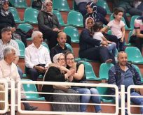 Diyarbakır'da kura sevinci