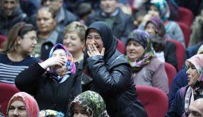 Manisa Gördes'te TOKİ kura heyecanı