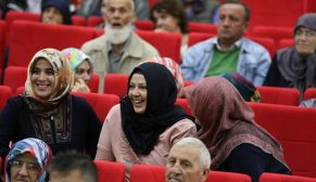 """""""Gölcük Kentsel Dönüşüm Projesi""""nde hak sahiplerinin konutları belirlendi"""